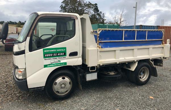 Tippers & Dump Truck Hire