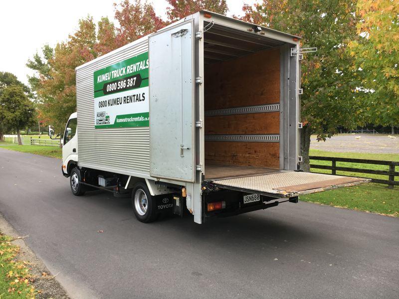 Large Box Truck Rentals